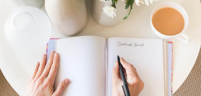 15 ragioni per cui dovresti iniziare a fare journaling e 10 consigli su come iniziare a farlo